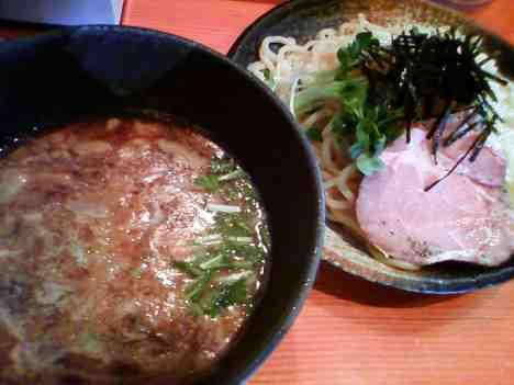 麺処 ほん田の濃厚豚骨魚介つけ麺の口コミ 東十条駅