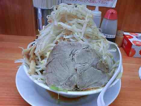 【閉店】ラーメン 麺徳 千束店のラーメン(野菜大盛り)の口コミ 上野駅 徒歩10分
