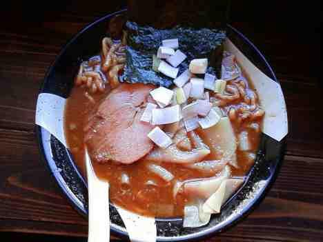 新宿煮干ラーメン凪 新宿ゴールデン街の煮干ラーメンの口コミ 新宿三丁目駅