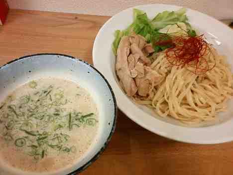 うぜんの鶏塩ポタージュつけ麺+リゾットセットの口コミ 東京メトロ丸の内線「中野新橋駅」から徒歩4分