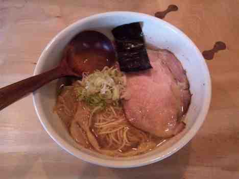 中華蕎麦 蘭鋳の中華蕎麦の口コミ 東京メトロ丸ノ内線「方南町駅」から徒歩7分ほど
