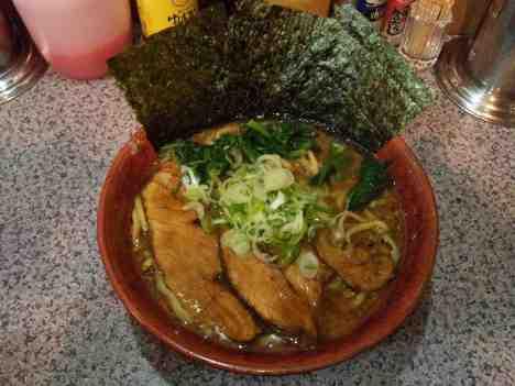 熟成鶏醤油らーめん 上弦の月のらーめんの口コミ JR京浜東北線「蒲田駅」から徒歩3分ほど