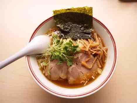 あぢとみ食堂の醤油太麺の口コミ 東武東上線「高坂駅」