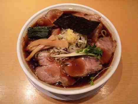 我武者羅の長岡醤油らぁ麺の口コミ 京王新線「幡ヶ谷駅」から徒歩1分